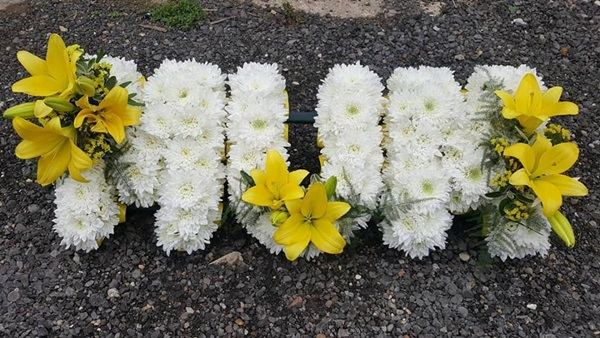 Personal floral funeral tributes in Hertfordshire