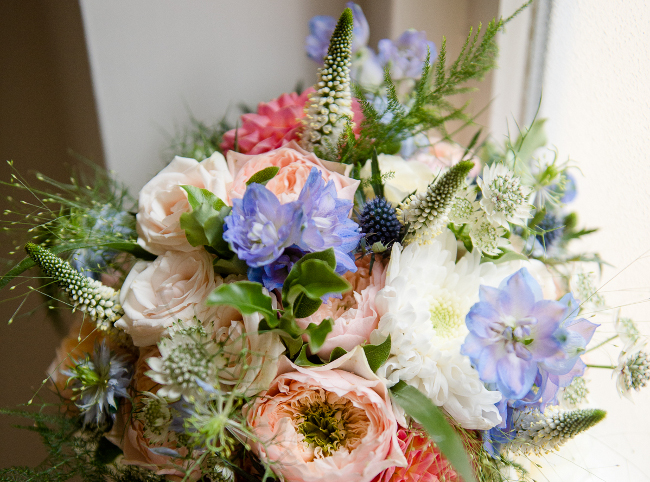 Bespoke wedding day flowers and bouquets