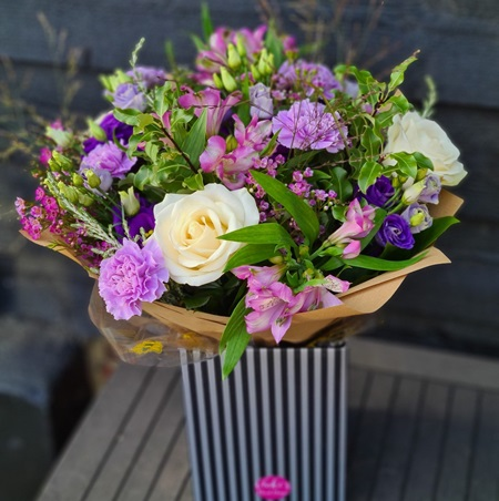 Monthly Floral Subscriptions in Essex