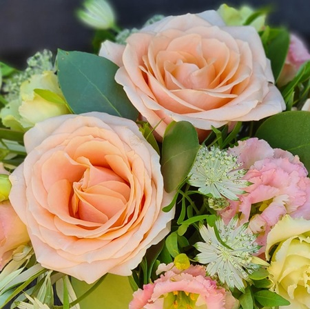 Free Home delivery for flowers in Sawbridgeworth